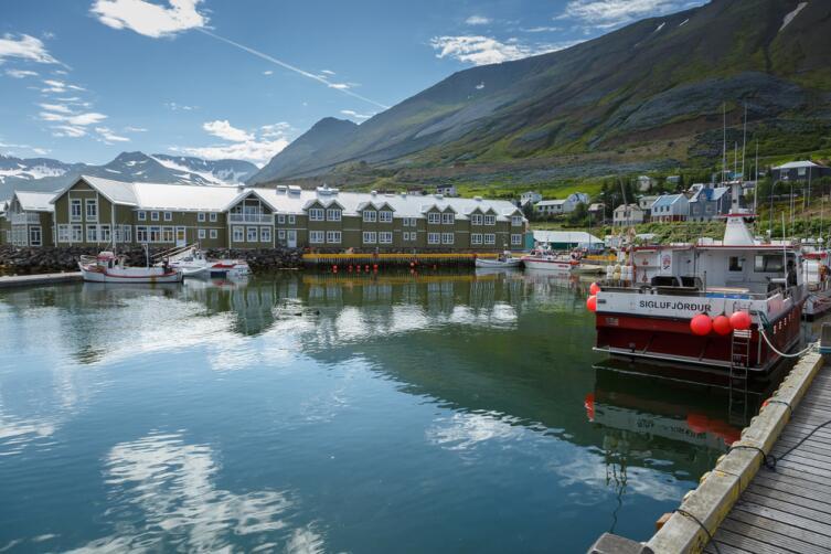 Гавань города Сиглюфьордюр, Исландия