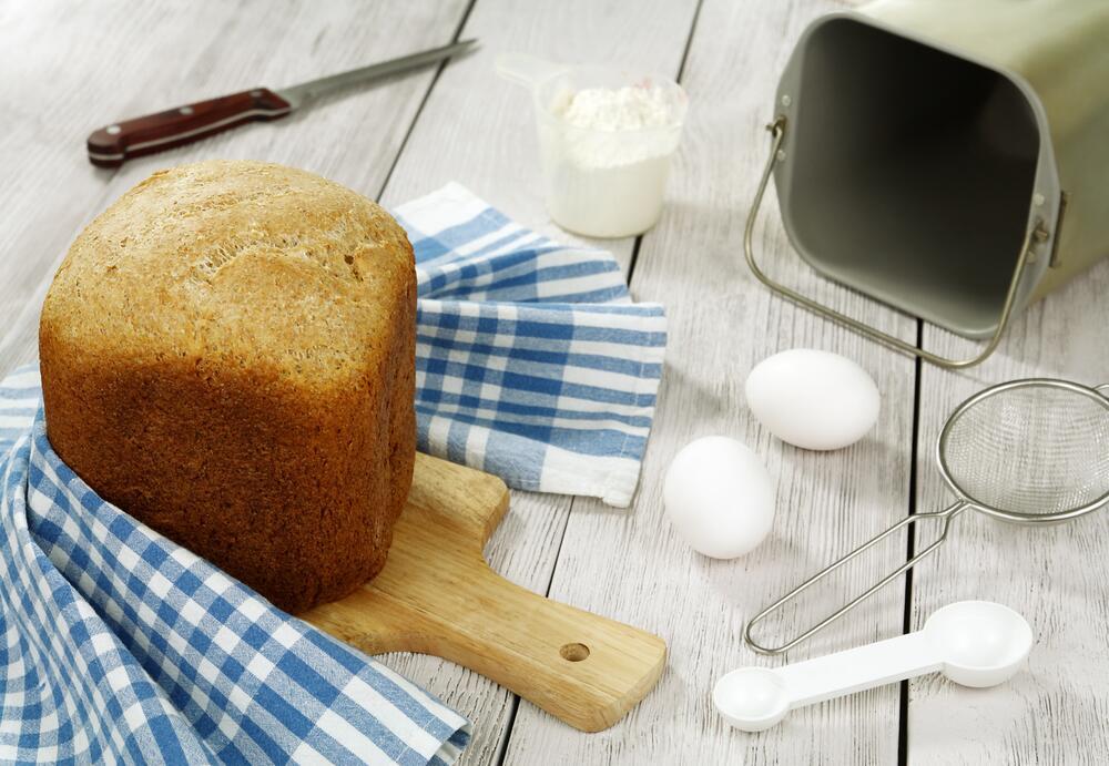 Нужна ли дома хлебопечка?