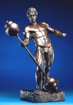Бронзовая статуэтка Сандова - главный  приз конкурса «Мистер Олимпия»
