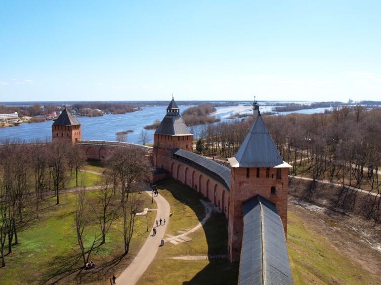 Вид из Новгородского кремля