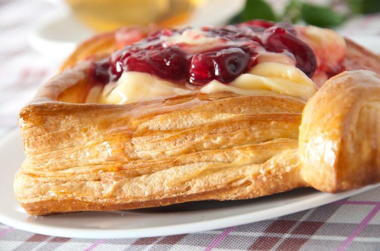Как правильно приготовить рубленое слоеное тесто?
