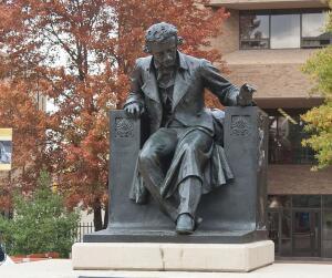 Эдгар По. Кто считается первым автором  детективов в стиле нуар?
