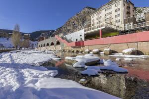 Как объединить горный туризм, национальную кухню и полный релакс? Прелести зимней Андорры