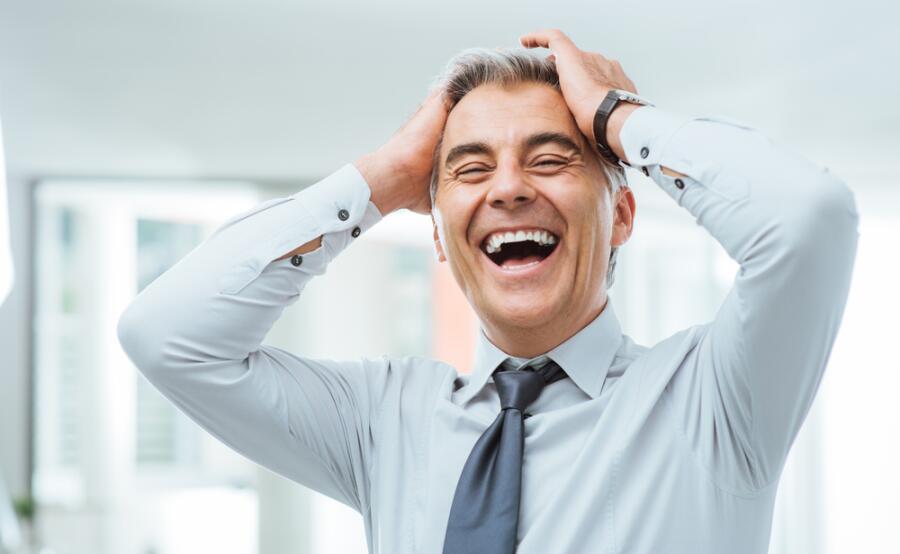 Смех без причины - признак... здоровья?