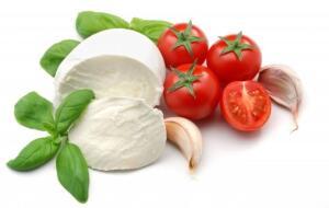 Моцарелла. В чем секрет популярности нежнейшего из сыров?