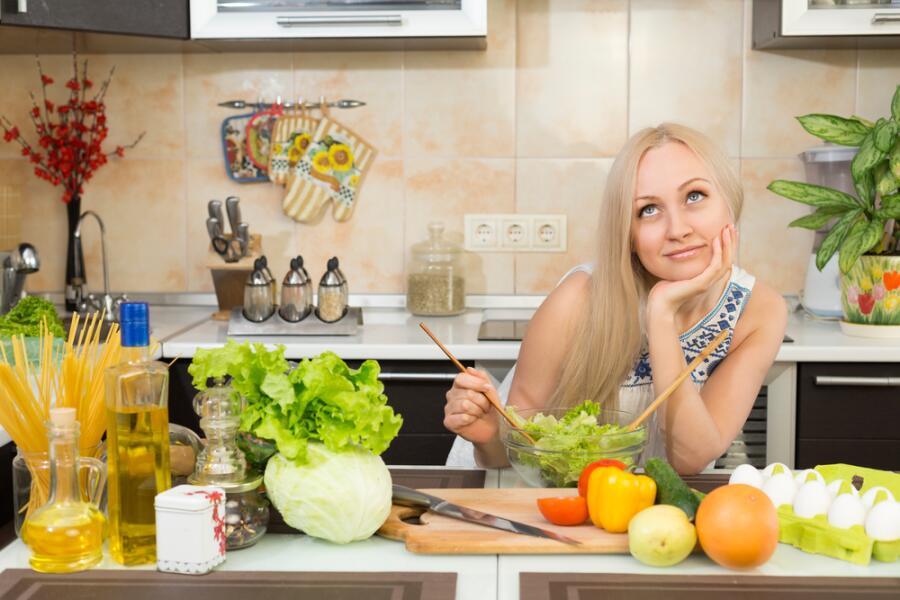 О чем думает женщина на диете? Юмористический рассказ