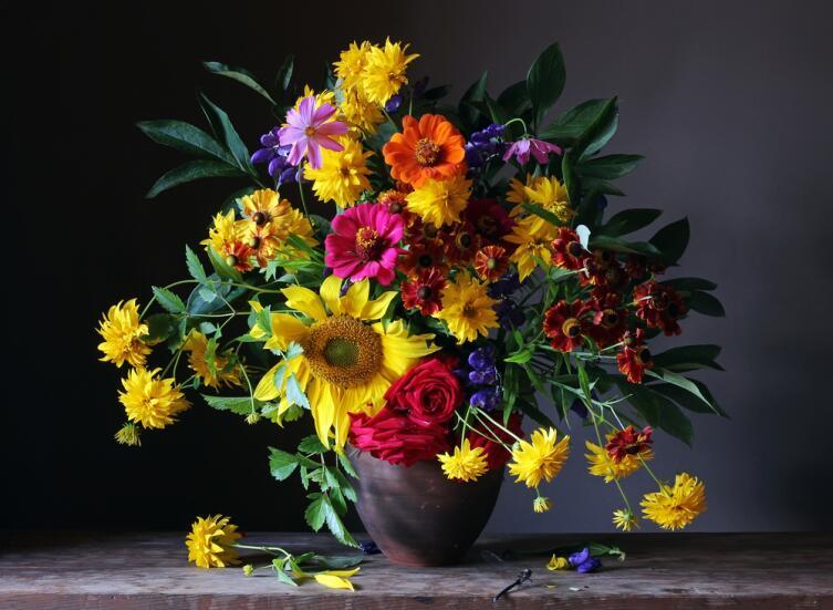 Что за цветочные фантазии, или Какова история букета?