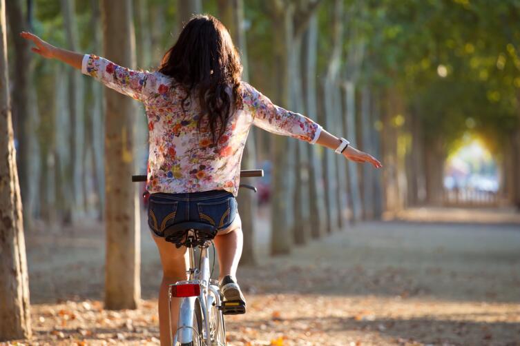 Чем велосипед лучше велотренажера?