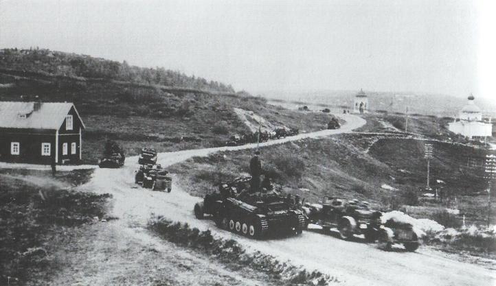 Немецкие войска входят в Петсамо (Печенга). Июнь 1941 г.
