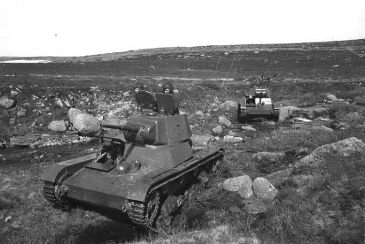 Танки Т-26 на мурманском направлении