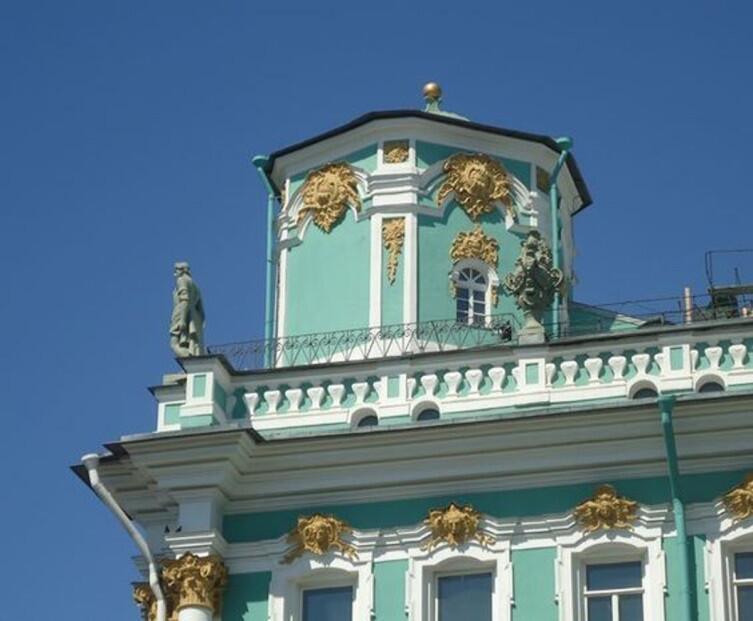 Телеграфная башенка на крыше Зимнего дворца