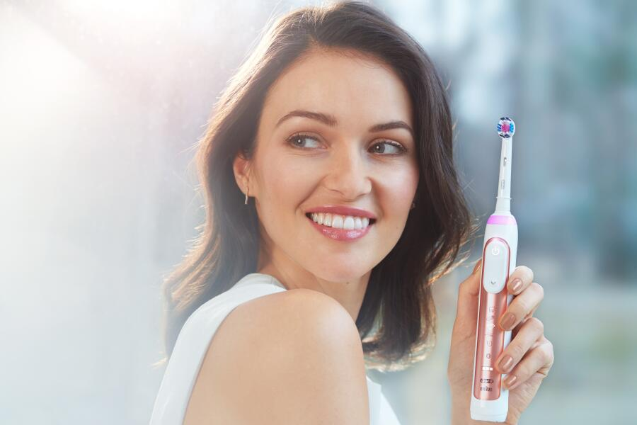 Время дарить улыбки. Украсьте свой праздник красивыми здоровыми улыбками с Oral-B