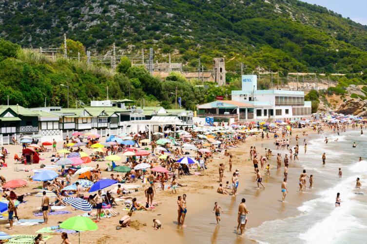 Пляж Гарраф в Сиджесе, Испания