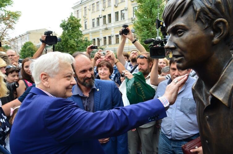 Олег Табаков на открытии памятника Олегу Табакову, 29 августа 2015 г.