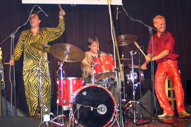 Концерт Red Elvises в клубе Б-2, 2005 г.