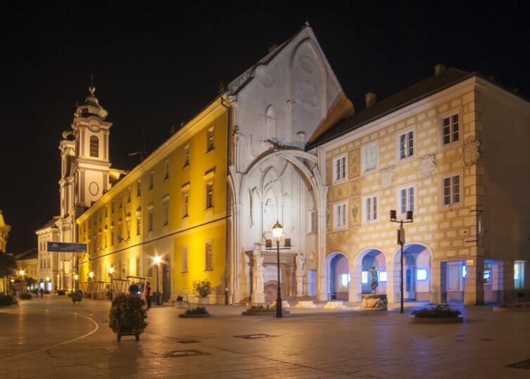 Кафедральный собор в Секешфехерваре, Венгрия