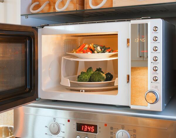 Этюды из мужской кулинарии. Что умеет делать микроволновка?