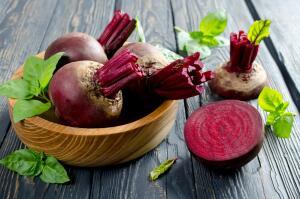 Какие салаты можно приготовить из свеклы?