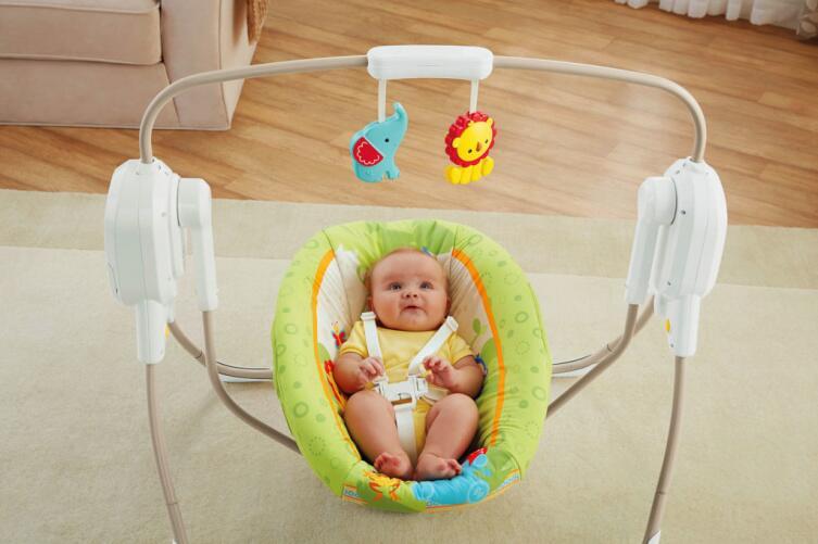Какие игрушки понравятся малышам в возрасте от двух недель до двух лет?