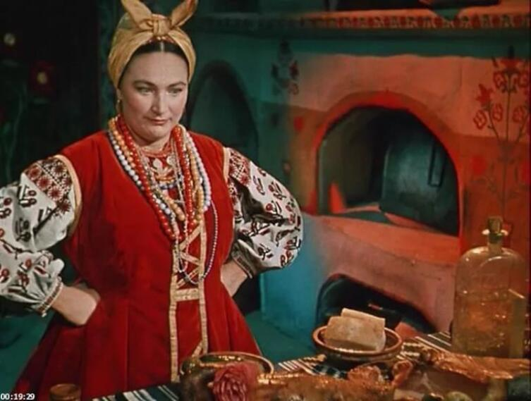 Людмила Хитяева в роли Солохи