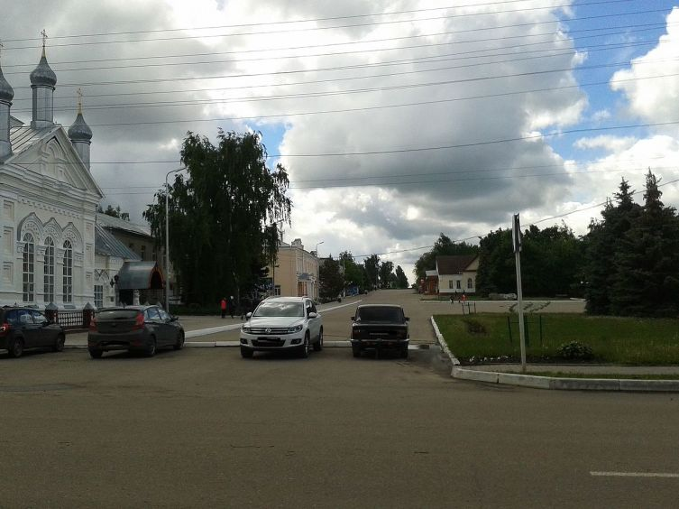 Вид на улицу Гагарина с улицы Московской, город Инсар, Республика Мордовия