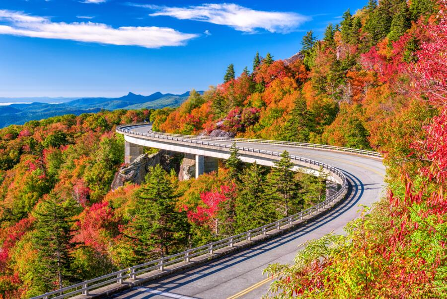 Дорога через горы Аппалачи, США