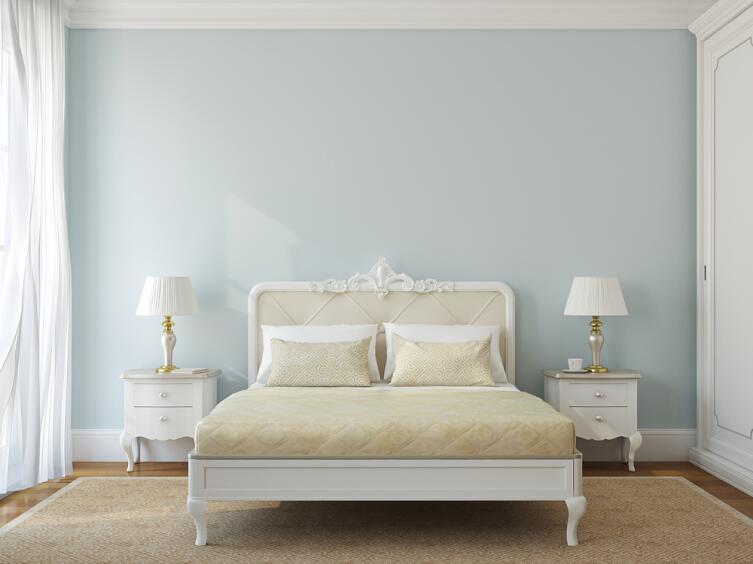 Как обустроить спалью, чтобы она стала самой уютной комнатой в квартире? Несколько простых и стильных решений