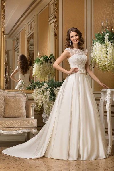 Какие фасоны свадебных платьев популярны у москвичек?