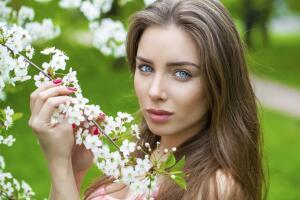 Как восстановить волосы весной?