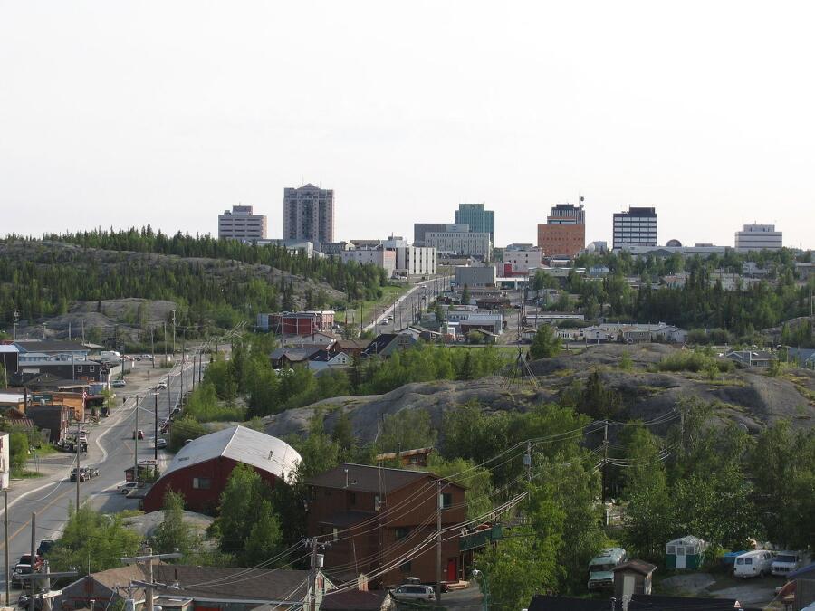 Йеллоунайф - столица Северо-Западных территорий Канады