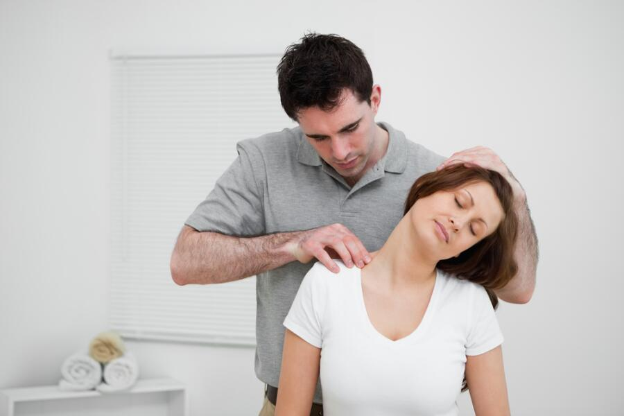 Как найти хорошего остеопата и не нарваться на шарлатана?