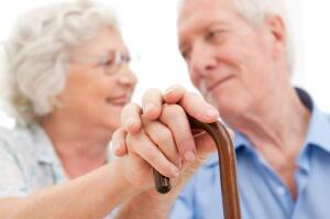 Чем мы можем помочь пожилым людям в домах престарелых?