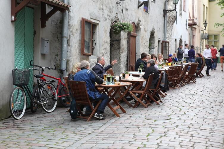 Уличные кафе в Таллине