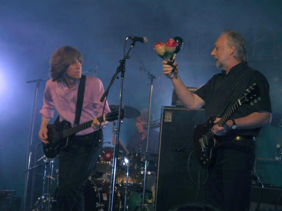 The Yardbirds, 2006 г. Слева направо: Джон Идэн, Джим Маккарти и Крис Дрейя