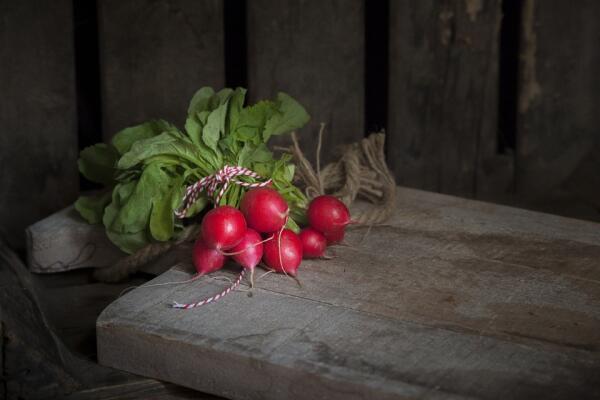 Как вырастить ранний витаминный овощ - редис?
