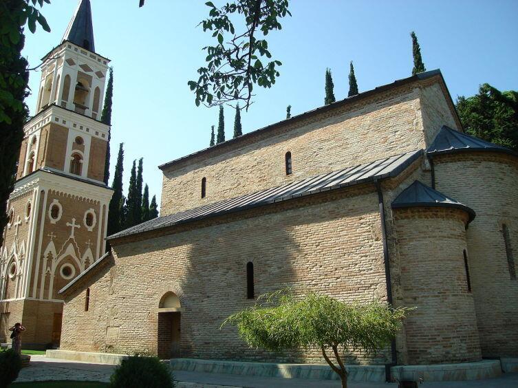 Бодбийский монастырь в Кахетии — православный монастырь, в нём покоятся мощи просветительницы Грузии святой равноапостольной Нины