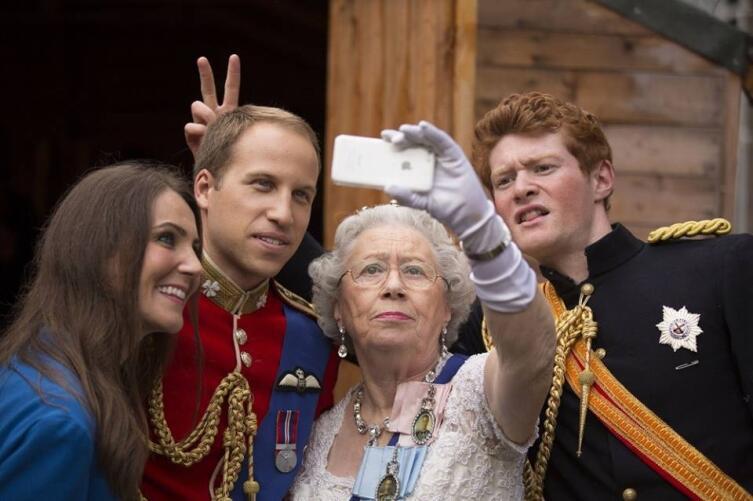 Селфи с королевой доступно только избранным