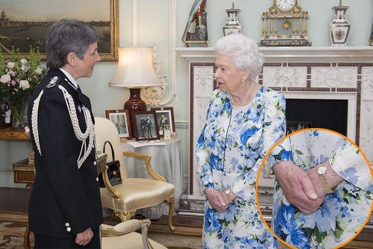 Королева Елизавета II и её маникюр