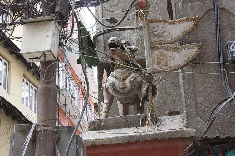 Суровое непальское электричество