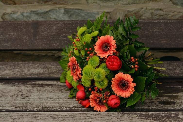 Какие цветы выбрать для свадебного букета?