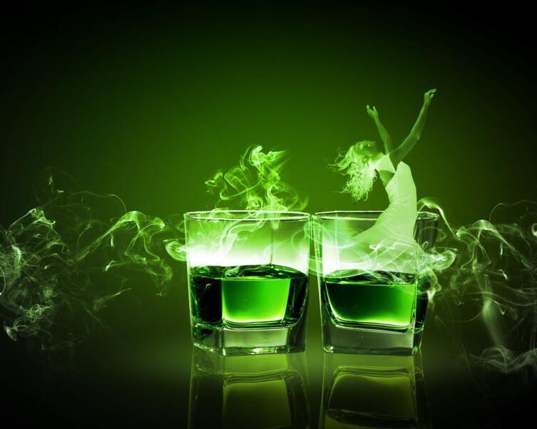 Абсент. Насколько опасны проделки «Зелёной феи»?