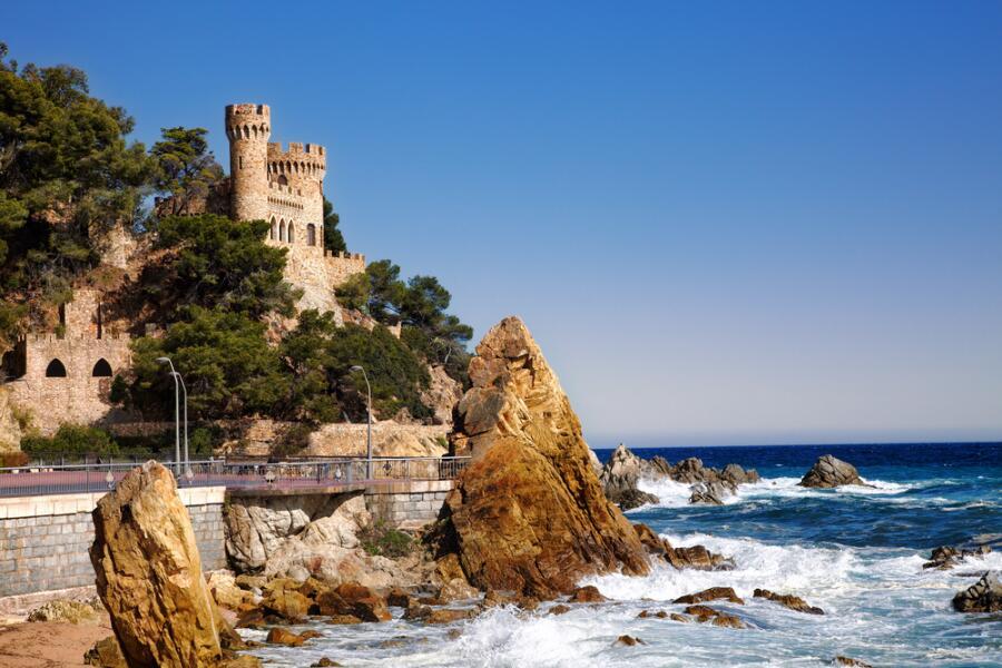 Замок в Льорет-де-Мар