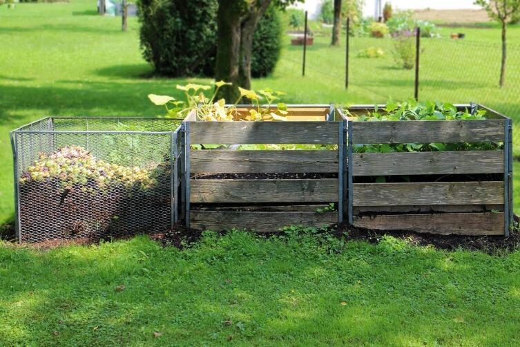 Начали осваивать садовый участок? Большие и маленькие хитрости - душ, туалет, компост