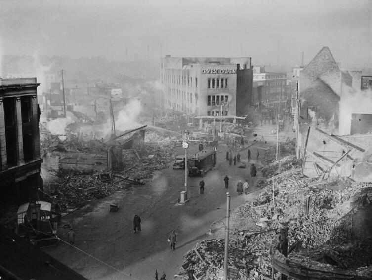 Центр города Ковентри после налётов 14-15ноября 1940 года