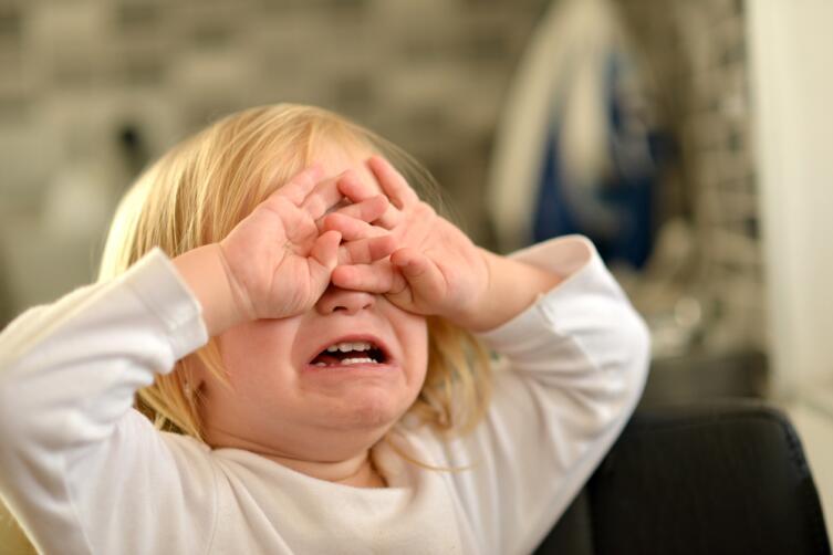 Жестокое обращение с детьми: что делать и кто виноват?