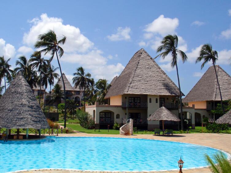 Пальмовый пляж на Занзибаре