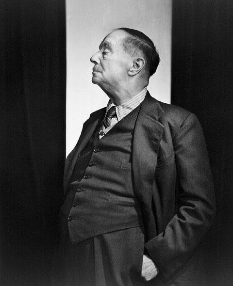 Уэллс в 1943 году