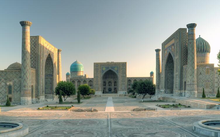 Архитектурный ансамбль Регистана