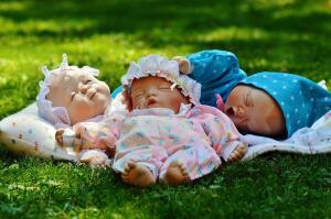 Байки старьевщицы: кому нужны старые вещи? Кукла