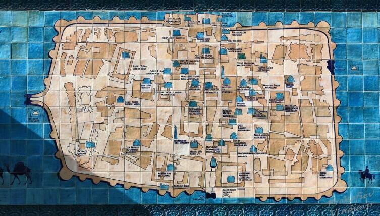 Карта внутреннего города Хивы - Ичан-Калы, при входе